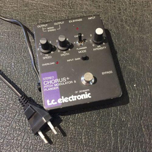 tc electronic chorus P210