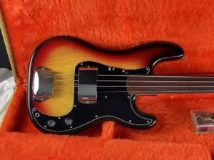 1978 Fender - Precision Bass - Fretless - ID 1589