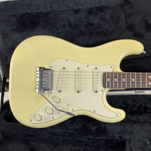 1983 Fender - Elite Strat - Vintage White - ID 1635