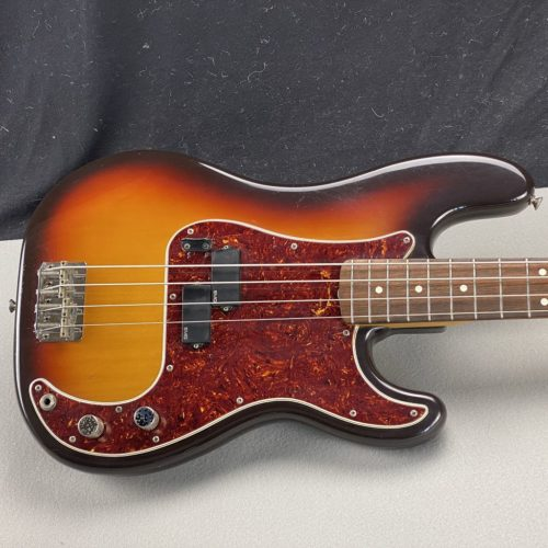 1983 Squier - Precision Bass - by Fender - ID 1709